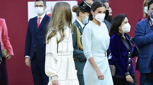 Una diseñadora almeriense, detrás del vestido de la Reina en el Día del Pilar