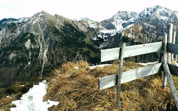 Photo: Vom Gipfel des Schnippenkopfes Blick auf Rotspitze und Daumengruppe -  Infos: https://pagewizz.com/oberstdorf-schoellang-wandern-sonnenkopf-heidelbeerkopf-schnippenkopf-gaisalpe/ L-42 d