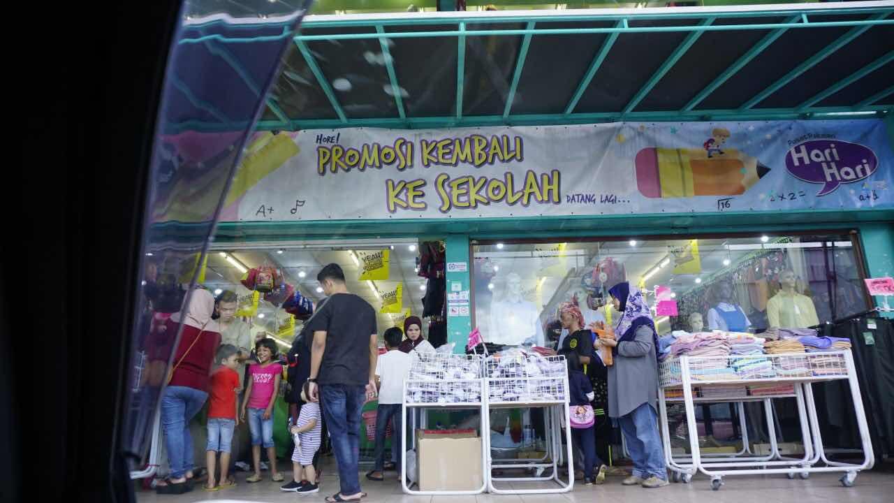 Aeon Metro Prima Kepong Pusat Pakaian Hari hari Taman Permata Premium Beautiful Therapants