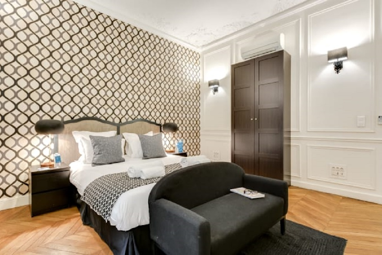 Bedroom at Boetie IV Serviced Apartment, Champs Elysees