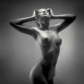 Victoria by Andrey Stanko - Nudes & Boudoir Artistic Nude ( studio, nude, b&w, naked, andrey stanko, beauty,  )
