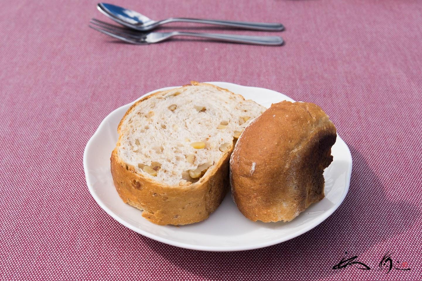 自家製パン+神戸こむぎ館のオ・レ・ノア