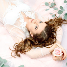 Wedding photographer Anna Bykova (annbykova). Photo of 11.01.2018