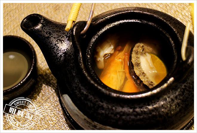 次郎本格日本料理土瓶蒸1