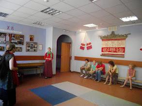 Photo: Встретила нас и провела экскурсию по Школе преподаватель дошкольной группы - Анна .