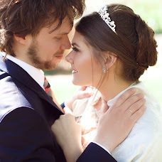 Wedding photographer Anton Esenin (AEsenin). Photo of 04.06.2017