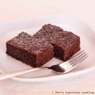 chocolate zucchini brownies, reinvented (GF, DF, V, lowcarb)