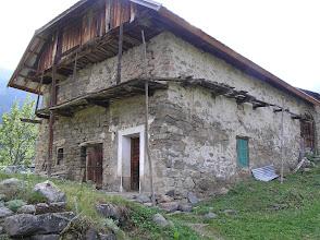 Photo: Hameau de Romans à Dormillouse habitat traditionnel