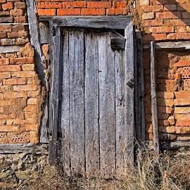 by Estislav Ploshtakov - Buildings & Architecture Decaying & Abandoned