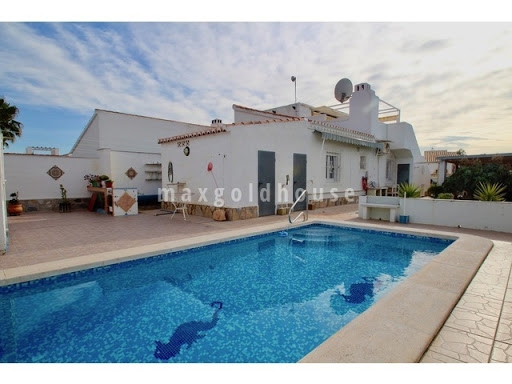 La Torreta Semidetached Villa: La Torreta Semidetached Villa for sale