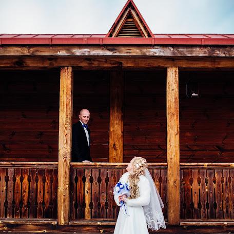 Wedding photographer Dina Melnikova (Dinka22). Photo of 17.03.2017