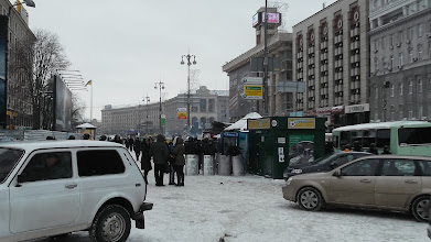 Photo: блок-пост міліції від Європейської площі