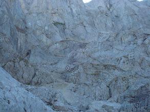 Photo: Soy un puntito en el inmenso roquedal