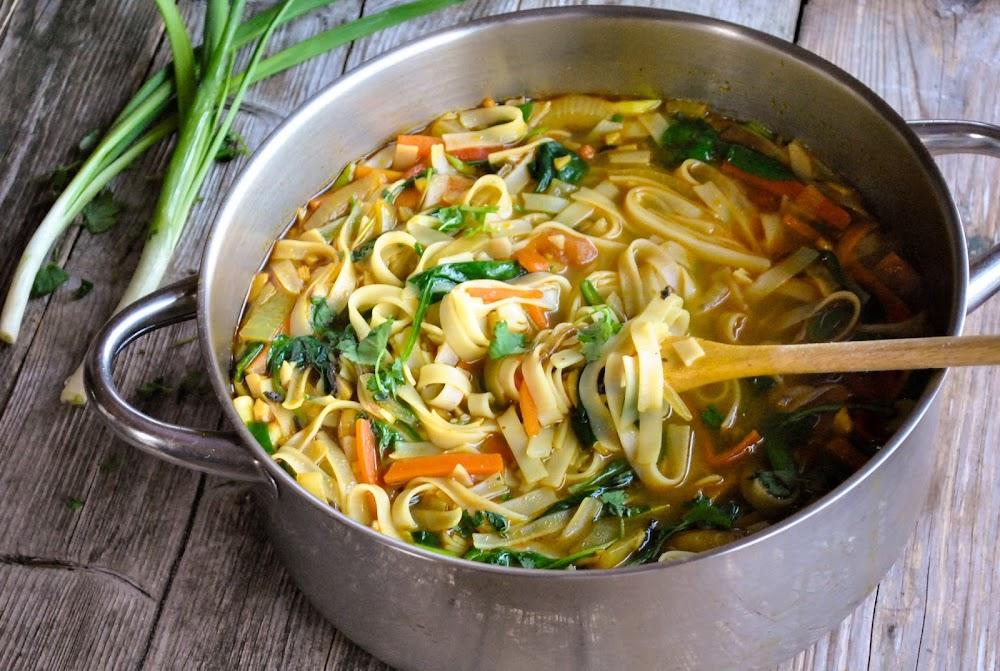 indian-street-food-_Thukpa_Soup