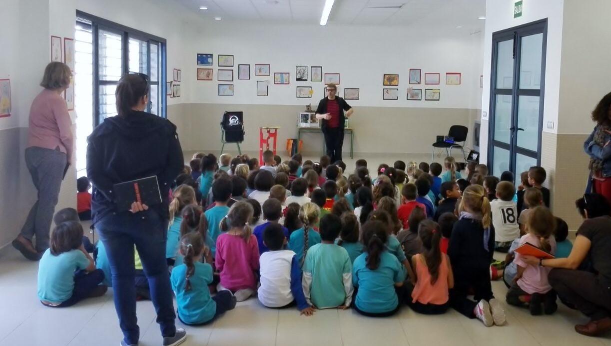 espectáculo de magia y libros en colegios 2017