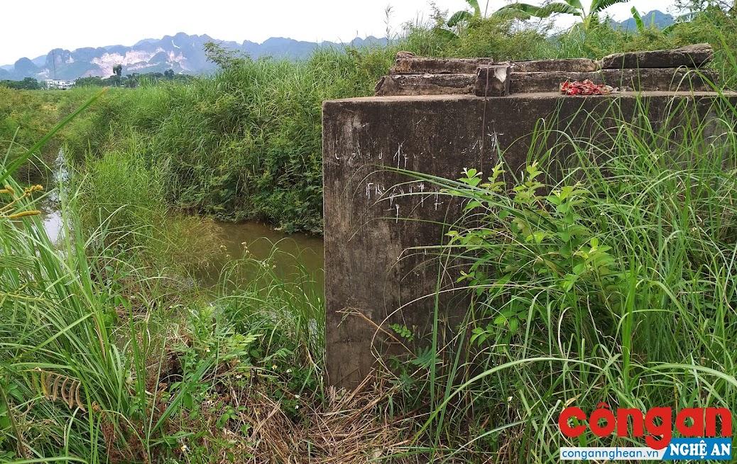 Nhà máy nước Quỳ Hợp đang lấy nước thô từ sông Nậm Huống
