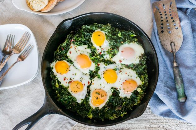Baked Eggs with Crispy Kale Recipe