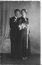 Photo: To Hoedeman geb. 25-3-1916, ovl. 30-7-1969.  Broer van mijn vader, Wim Schong geb. 4-1-1913, ovl. 22-11-1993.  Zij hadden geen kinderen. Gehuwd: 1941.
