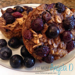 21 Day Fix Blueberry Baked Oatmeal Cups.