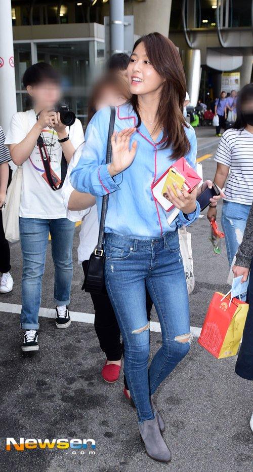 seolhyun jeans 36