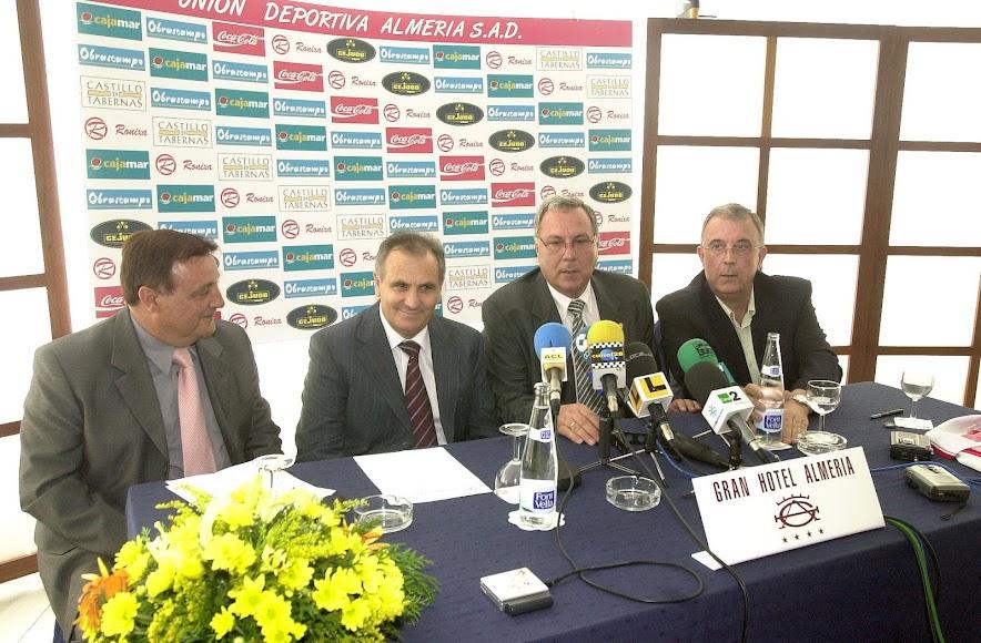 Ricardo Martínez. Alfonso García, Manolo García y Guillermo Blanes.