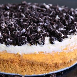 Layered Oreo Pumpkin Cheesecake