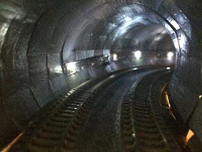 Photo: トンネル内壁落成