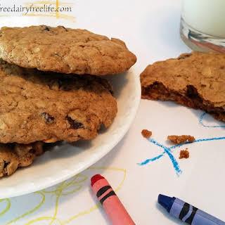 Oatmeal Raisin Cookies (gluten free, dairy free, vegan).