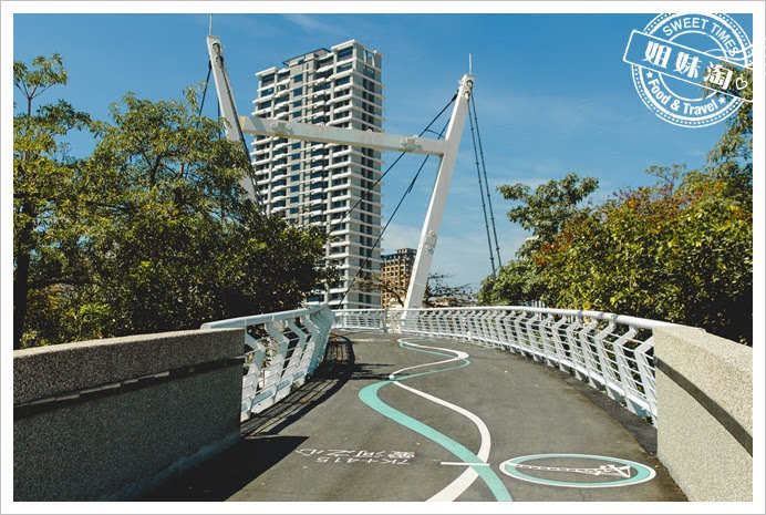 愛河之星陸橋