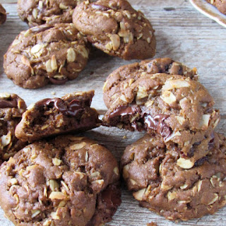 Oatmeal Chocolate Chip Cookies with Molasses and Dried Cherries