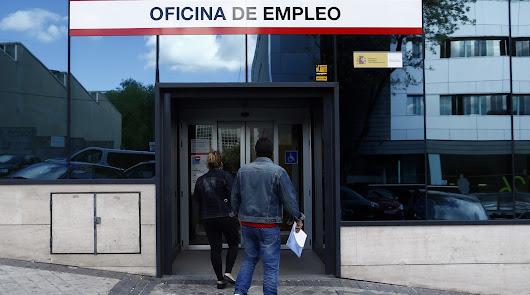 España: el paro sube en mayo en 26.573 personas, mayor alza histórica en ese mes