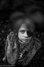 Photo: krew, lisc, milosz, haiku, dziecko, portret, jacek taran;