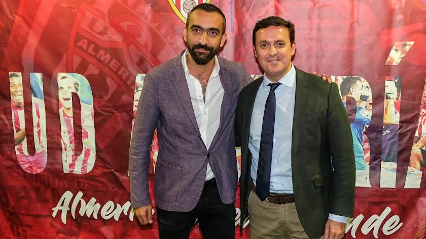 Mohamed El Assy con Javier A. García en la Gala de la Fundación del Almería.