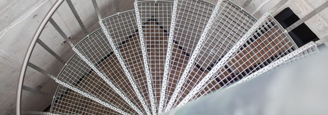 EPMC laiptai ant stogo