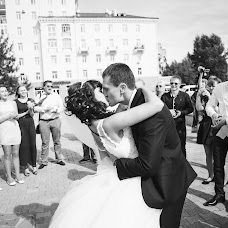 Wedding photographer Evgeniya Dobrotvorskaya (dobrotvorskaya). Photo of 26.11.2015