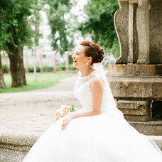 Wedding photographer Irina Kozlova (bea00811). Photo of 07.10.2017