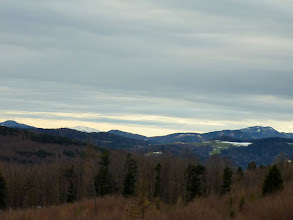 Photo: Jochart (1266m), Göller (1766m), Hegerberg (1179m) im Göller versteckt, Gemeindealpe (1005m), Gaisberg (931m), Höhenberg (1027m), Reisalpe (1399m), Hochstaff (1205m)