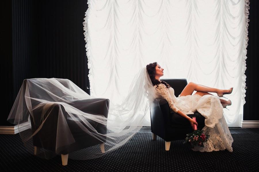 Wedding photographer Slava Semenov (ctapocta). Photo of 27.11.2014