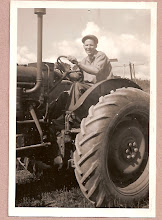 Photo: Min pappa Birger 1948 Titta så stolt han var på sin nya traktor. - My father Birger 1948 Look how proud he was of his new tractor.