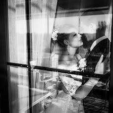 Wedding photographer Mikhail Sotnikov (Sotnikov). Photo of 03.10.2016