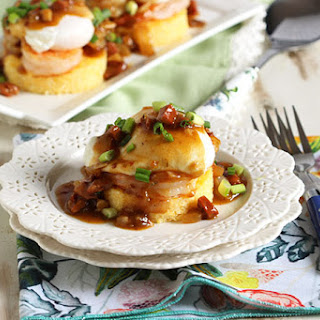 Shrimp and Grits Eggs Benedict with Spicy Red Eye Gravy #BrunchWeek