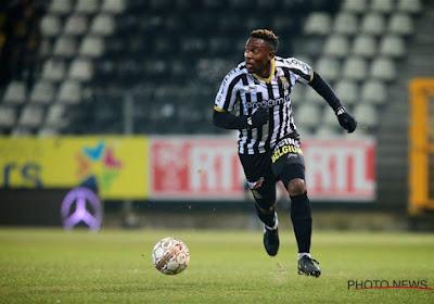 Francis N'ganga verlaat Charleroi voor Ermis Aradippou