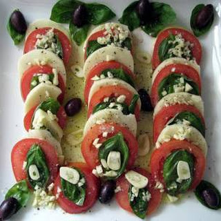 Insalata Caprese (tomato, Fresh Mozzarella, & Basil Salad)