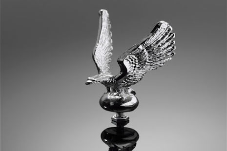 HIGHWAY HAWK Eagle, upright, fender figure, chrome, size S