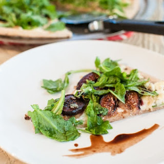 Fig and Gorgonzola Pizza with Arugula