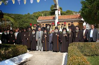Photo: Обща снимка след празника на духовенството и част от гостите в двора на манастира.