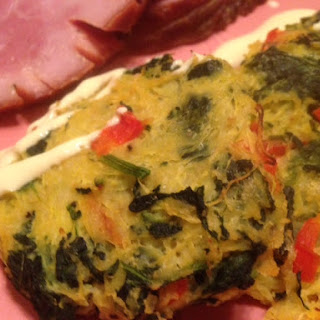 SPAGHETTI SQUASH & SPINACH FRITTERS * Sriracha or Honey Mustard Sauce * Bake or Fry