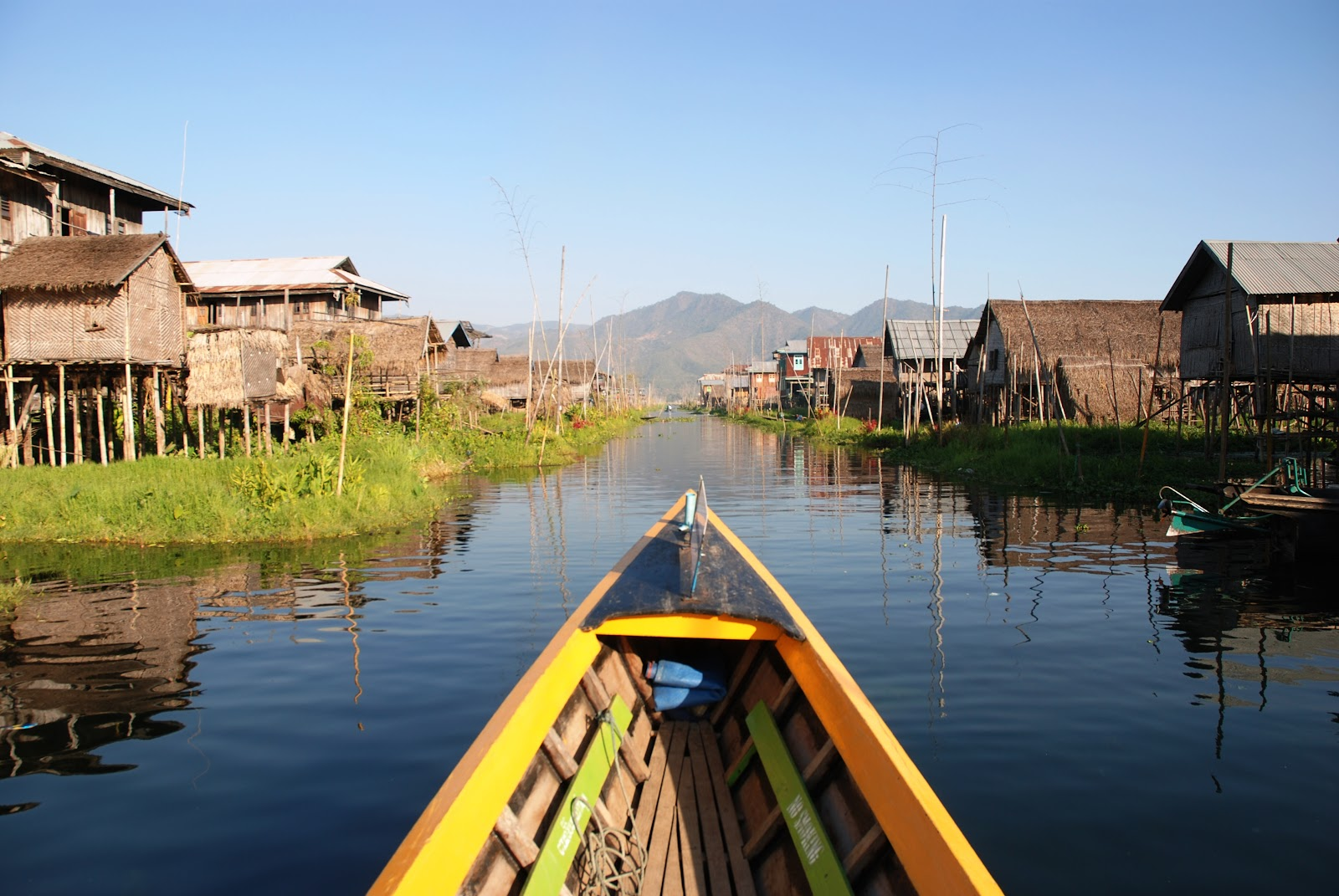 Inle_Lake_Burma_floating_village_4.jpg
