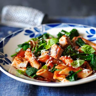 Healthy Penne With Chicken And Broccoli.