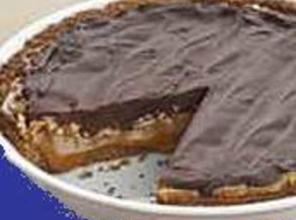 Extravagant Caramel And Chocolate Pie Recipe